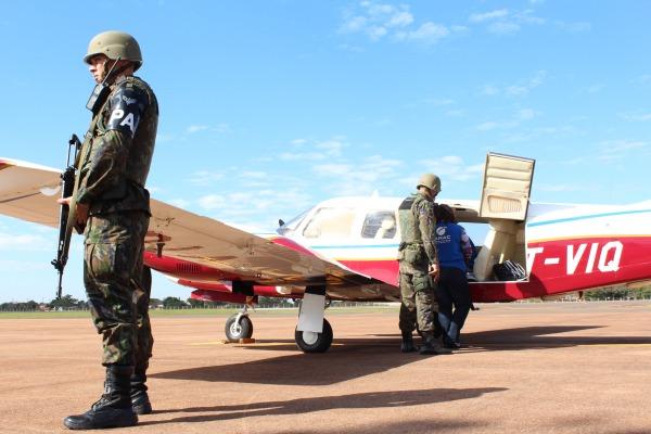 Agentes avaliam adequação das aeronaves civis à legislação, além da estrutura das instalações de atendimento aos passageiros