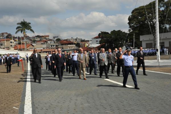 Alunos Veteranos participaram do desfile