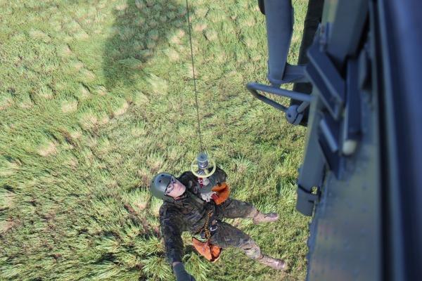 O exercício contou com a participação dos esquadrões de helicóptero Falcão e Harpia