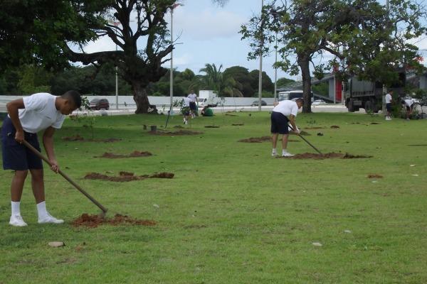 BAFZ participa de projeto de arborização na capital  CB Edilberto Rocha/BAFZ