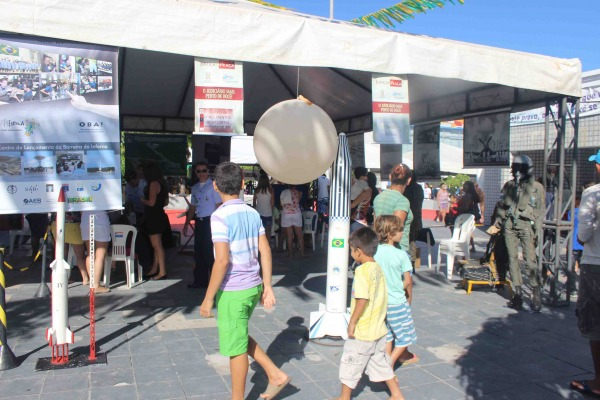 Em parceria com o Centro de Lançamento da Barreira do Inferno, a unidade realizou exposição em evento que reuniu mais de seis mil pessoas