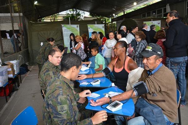 Ação cívico-social aconteceu em Osasco (SP) e ofereceu atendimentos em diversas áreas