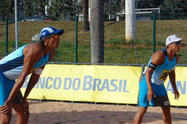 Militares participaram de circuitos que reuniram grandes nomes do cenário do Vôlei de Praia