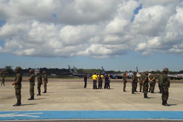 O treinamento simulou a recepção das delegações  Ten Lorena