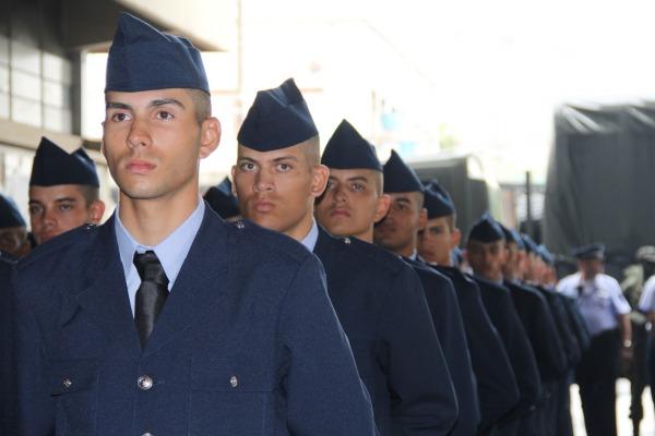 Novos soldados durante a Formatura do CFSD  SIDOM