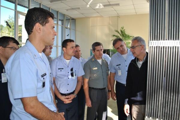 Visita à fábrica de combustível nuclear  Acervo dos alunos do CPEA