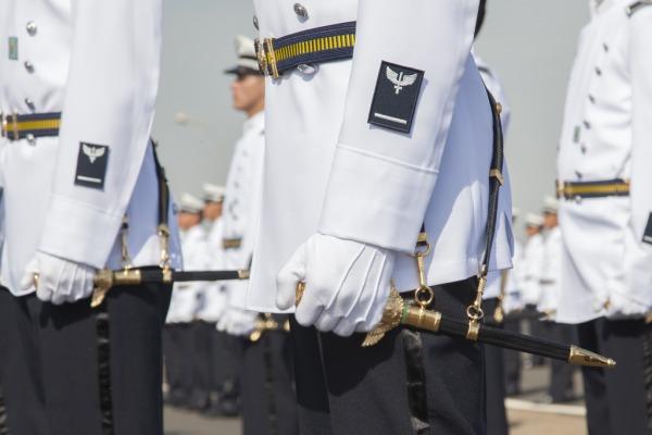 Mais uma turma da AFA recebe o espadim  Cabo V. Santos/Agência Força Aérea