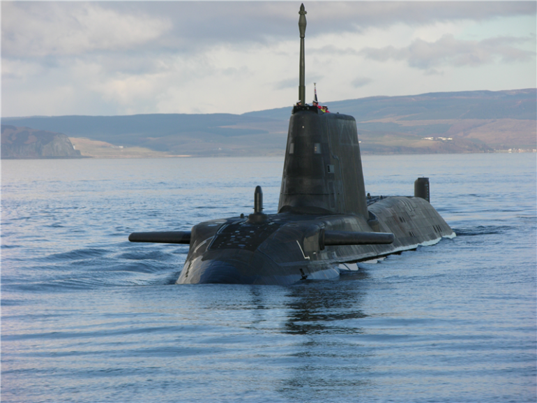 Submarinos nucleares e aeronaves P-3 AM da FAB participaram da Operação