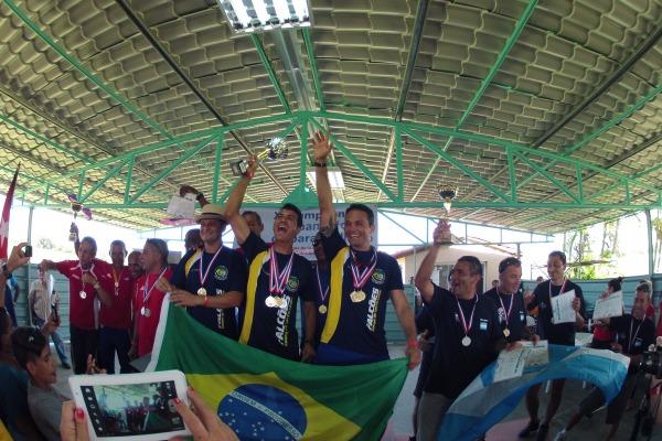 Cerca de 45 atletas participaram da competição na modalidade