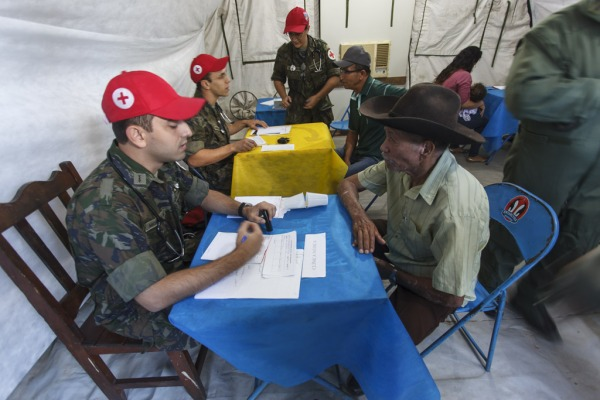 Cerca de 500 pessoas participaram da Ação Cívico-Social em Cachimbo