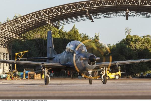 Ao todo estão reunidos no Campo de Provas Brigadeiro Velloso 25 aeronaves A-29 e quase 300 militares.