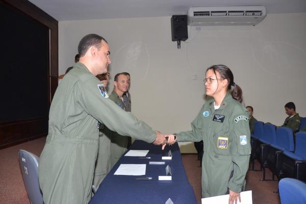 Aspirante Samara, 3ª colocada geral do curso  Ten Poubel