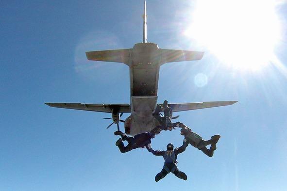 A classificação foi conquistada durante o Campeonato Brasileiro de Paraquedismo das Forças Armadas