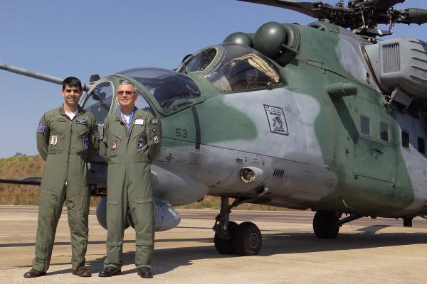 Brigadeiro Rossato e Capitão Coutinho   Soldado Miquéias