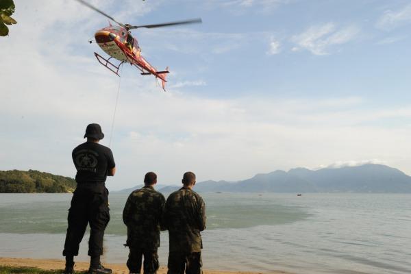 Instrução de sobrevivência no mar  Sgt Ventura / BAFL