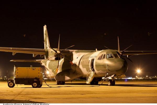 C-105 se prepara para missão noturna  Sargento Batista/ Agência Força Aérea
