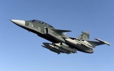 Foram três semanas de avaliações e discussões acerca dos detalhes para a compra de 36 caças Gripen NG