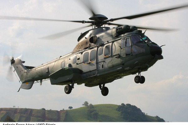 Helicóptero decola com até 11 toneladas  Tenente Enilton / Agência Força Aérea