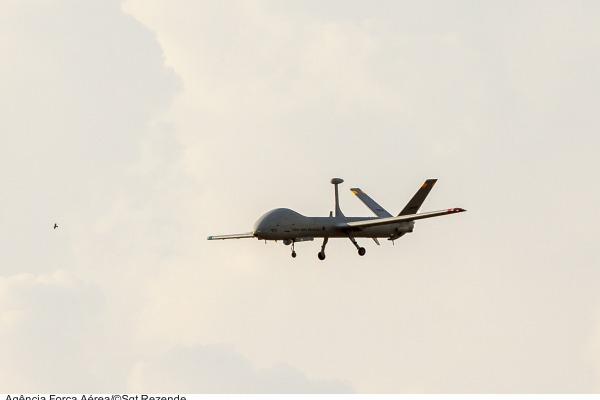 Aeronave Remotamente Pilotada atua em missões de Busca e Salvamento em Combate