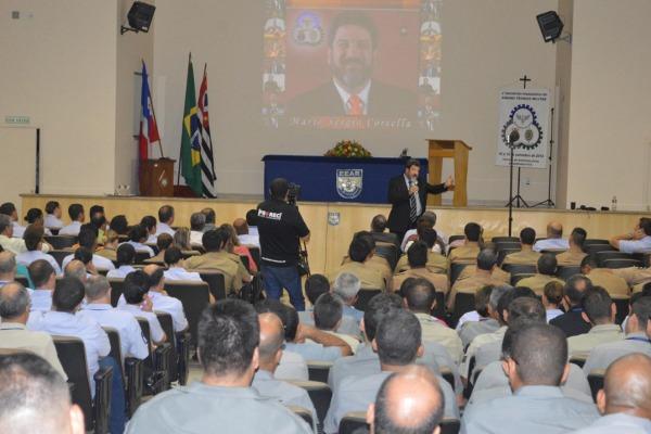 Evento reúne cerca de 250 profissionais na educação  EEAR/S1 Roberto