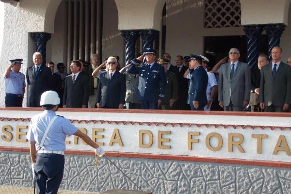 Apresentação da Tropa ao Maj Brig Ar Bastos  S2 Hélio Lins de Sousa Filho