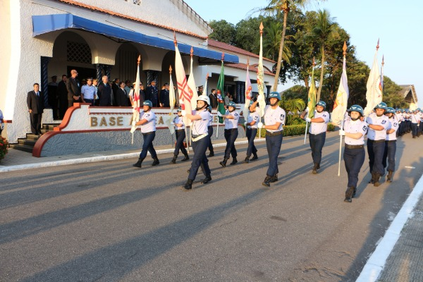 Desfile da Tropa Militar  SO Magda Silvia Ferreira