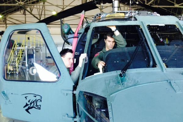 Esquadrão Pantera recebe militares chilenos  BASM
