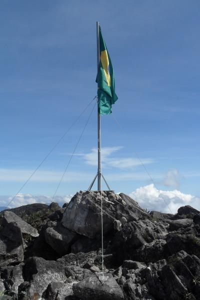 Grupo do Batalhão de Infantaria de Manaus vai enfrentar quatro dias de caminhada na selva para atingir o ponto mais alto do Brasil