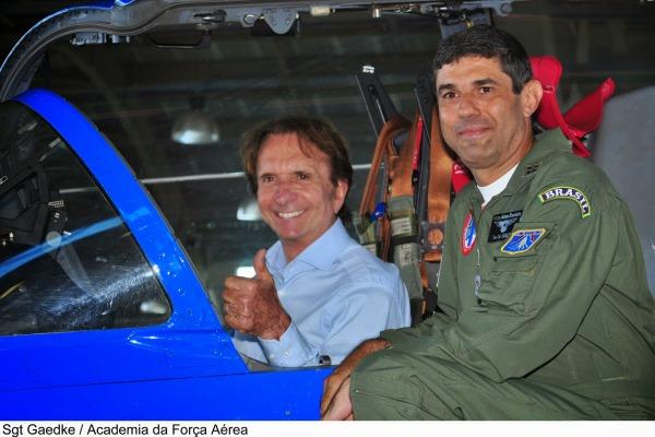 O ex-piloto Emerson Fittipaldi falou de superação por meio do esporte e da trajetória de sua carreira