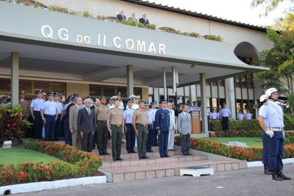 Comandante do II COMAR e General do Exercito  S2 Alves Silva