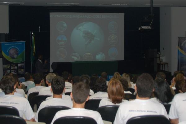 Realizado em Natal, o evento terá lançamento de foguete e palestra com o astronauta brasileiro Marcos Pontes