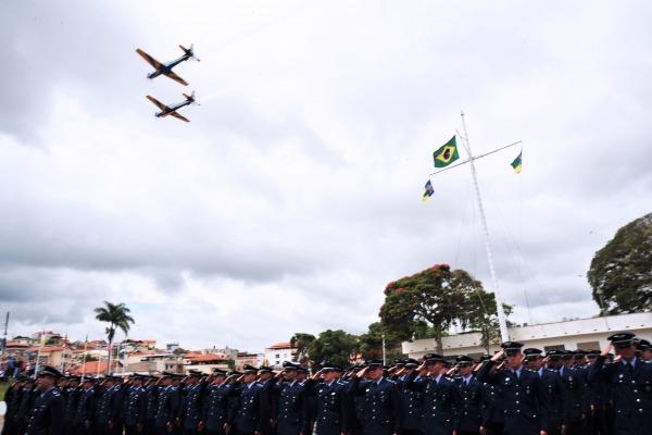 A solenidade militar realizada no último sábado (13) encerrou o ciclo de três anos