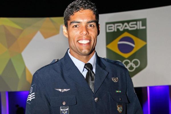 O Sargento Bruno da Silveira Mendonça foi escolhido o melhor atleta de 2014 na modalidade Hóquei sobre Grama