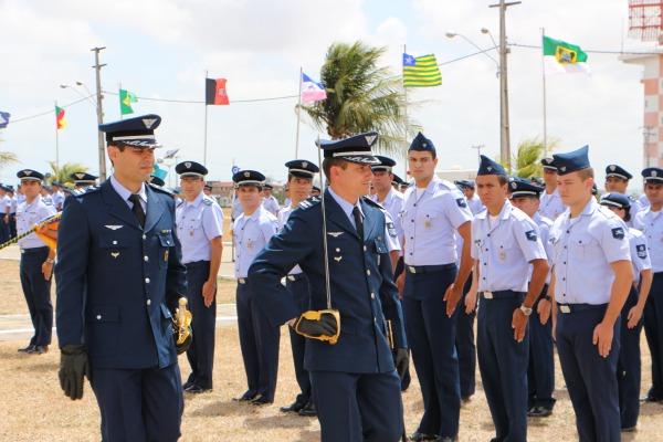 Revista do novo comandante do GCC  SO SEF Magda Silvia Ferreira