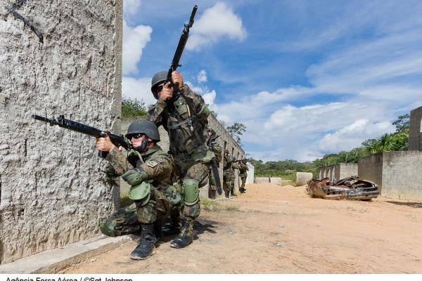 Jovens nascidos em 1997 já podem se apresentar às Juntas de Serviço Militar