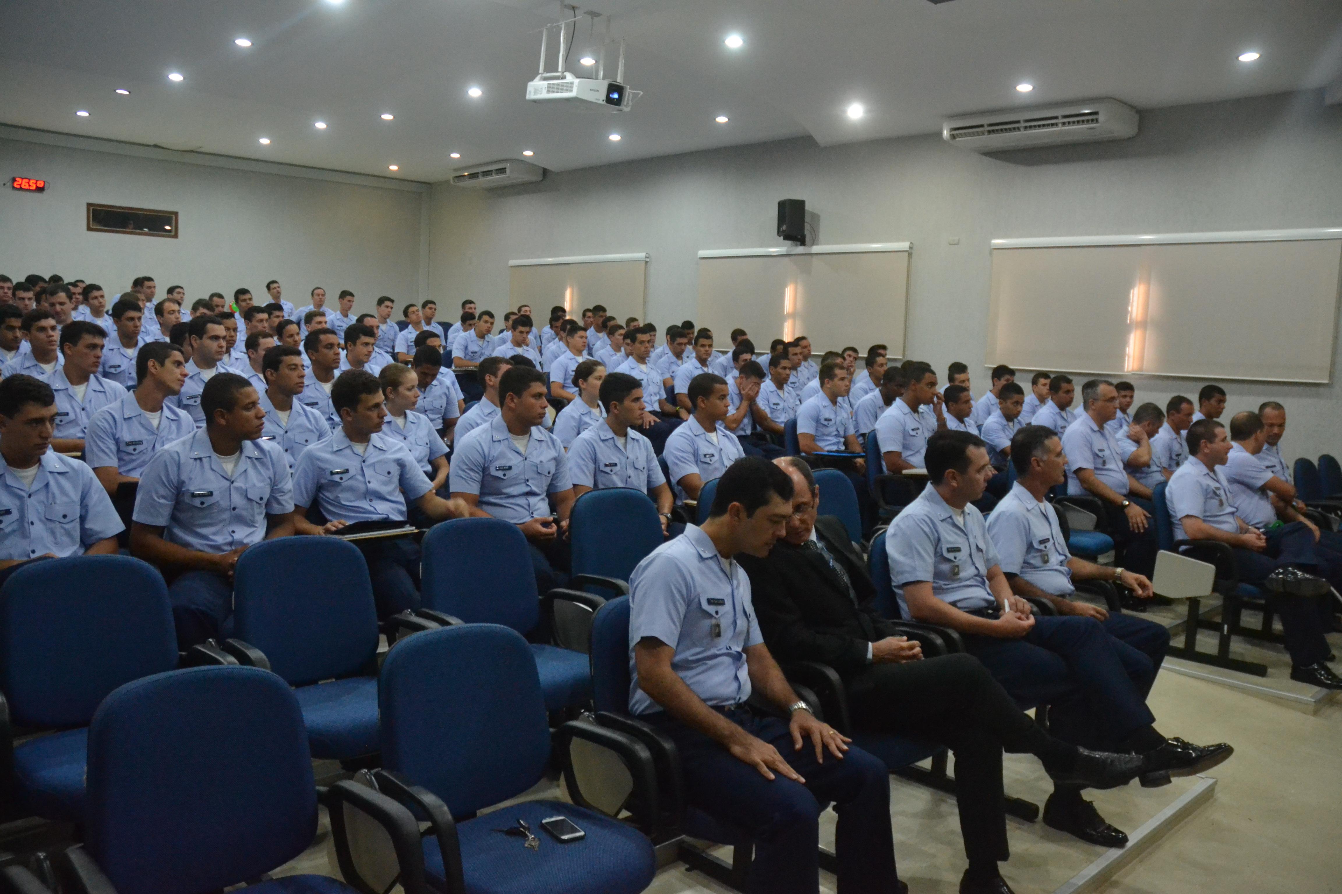 Os militares vão receber treinamento por nove semanas na Base Aérea de Natal