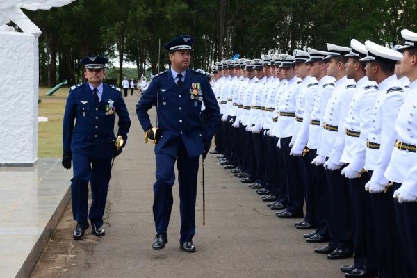 A cerimônia de passagem de comando ocorreu em Pirassununga (SP)