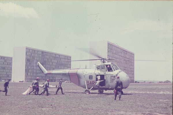Uma das principais missões da aviação de helicópteros é a Busca e Salvamento