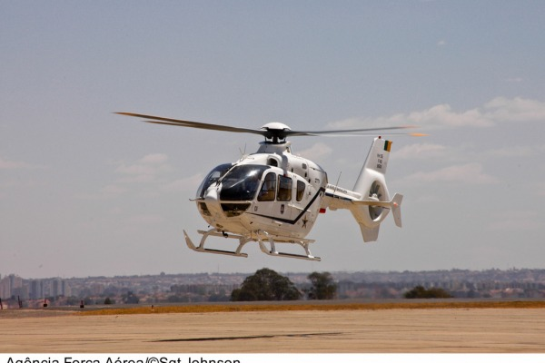 VH-35  Sgt Johnson / Agência Força Aérea