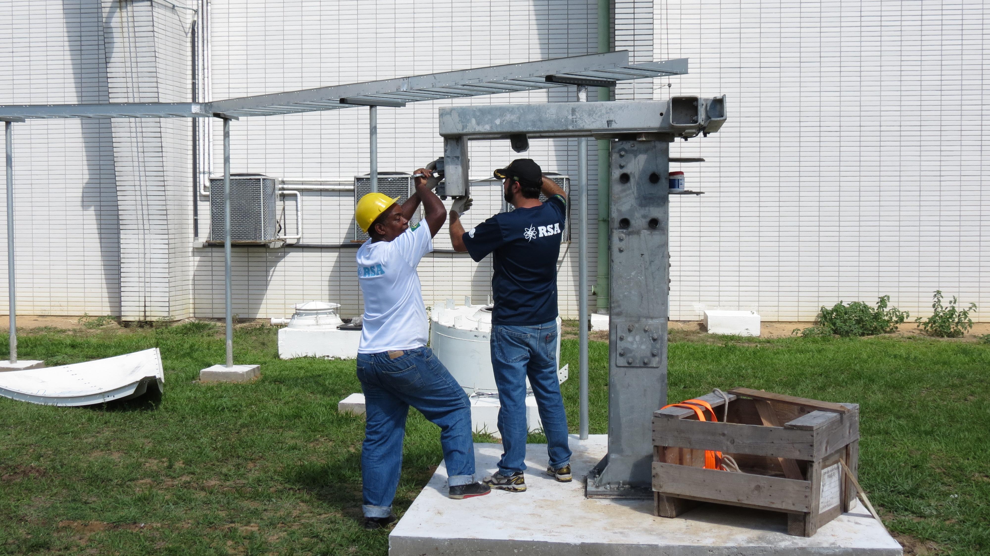 Rede de comunicação interliga equipamentos e sistemas usados no controle do tráfego aéreo brasileiro