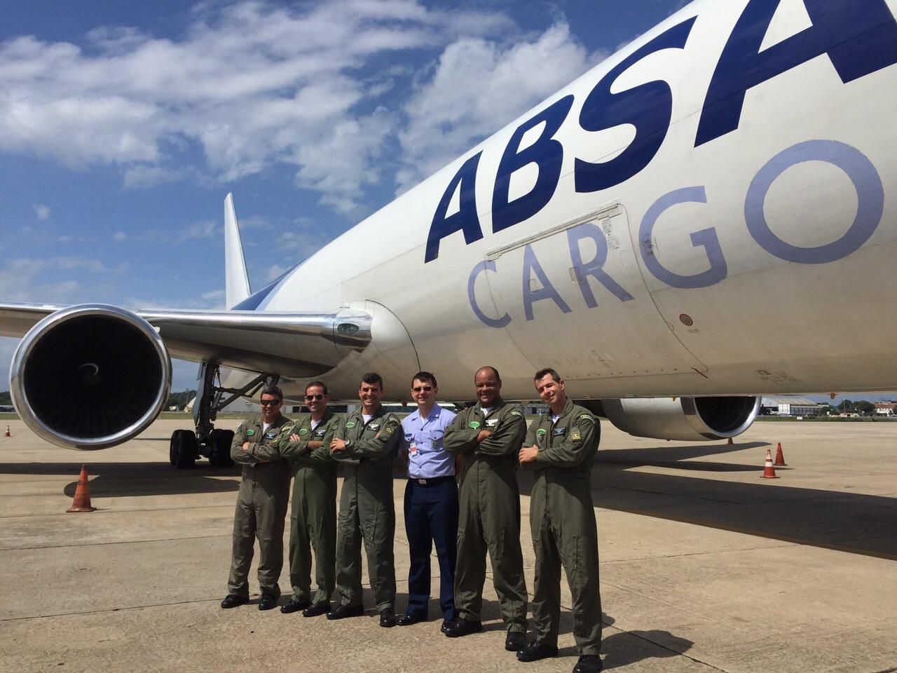 Militares da FAB em treinamento   Quinta Força Aérea