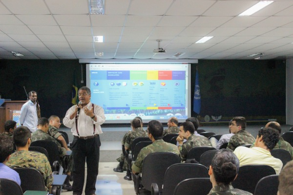 Aula no CCOPAB  Tenente Garbino / CCOPAB