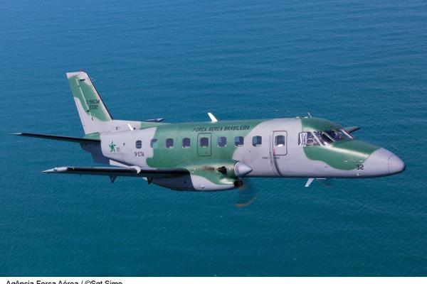 Os aviadores vão aprender a operar a aeronave C-95 Bandeirante