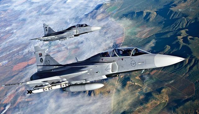 Os destaques são o Gripen NG, o cargueiro KC-390 e o míssil A-Darter