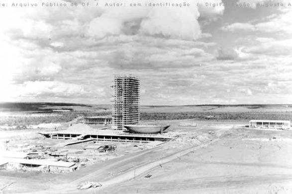 A Força Aérea teve papel fundamental na construção de Brasília