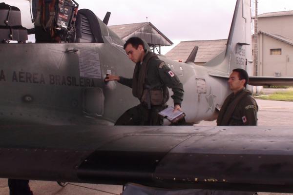 Primeiro voo de instrução do CEO-CA 2015  Sgt Orleans