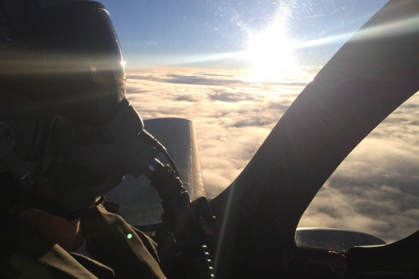 Conheça a história do Tenente Villordo, do Esquadrão Escorpião, que já faz parte do time de caçadores da FAB