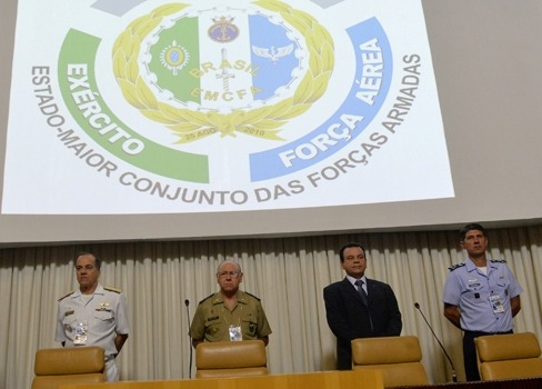 Evento acontece em Brasília com a participação de militares da Marinha, do Exército e da Aeronáutica