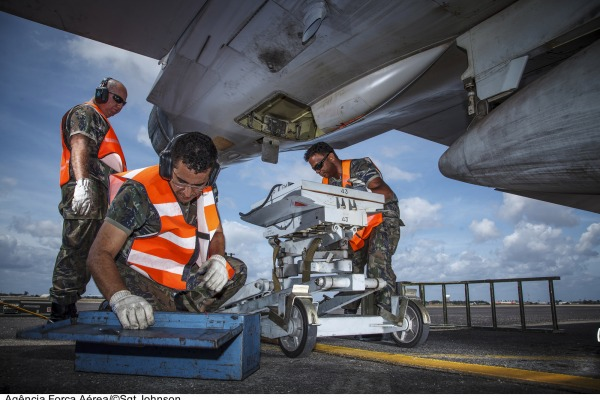 Existem 28 especialidades para sargentos da Aeronáutica