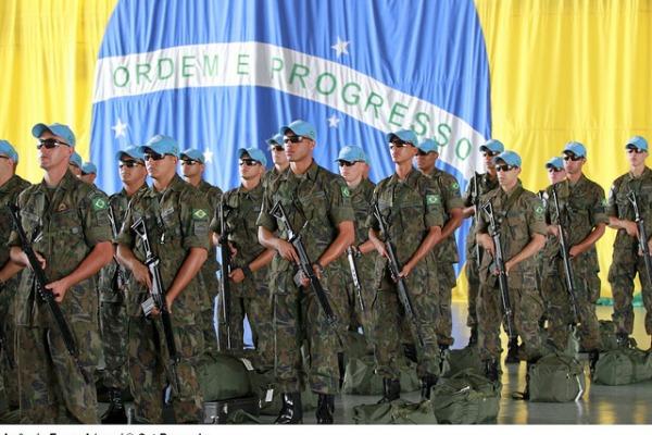 FAB enviou oito pelotões ao Haiti